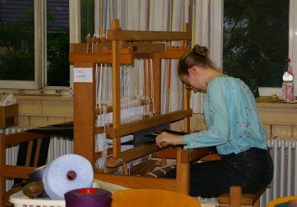 Ripsgewebe in Arbeit auf einem Künzl-Kivik